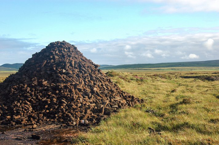 peat-stacks-machrie-islay wwwislayorguk