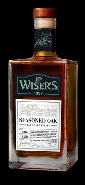jp-wisers-whisky-product-seasonedoak-featured-1526678934111
